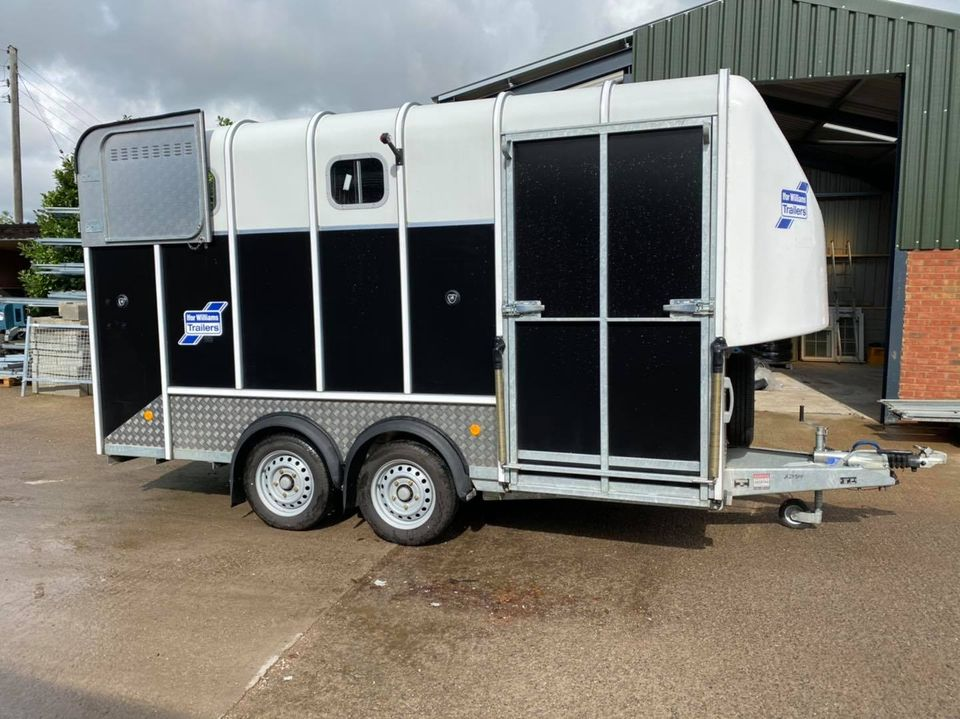 For Sale: Ifor Williams HB610