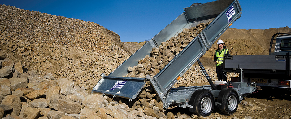 twin-axle-tipper-banner