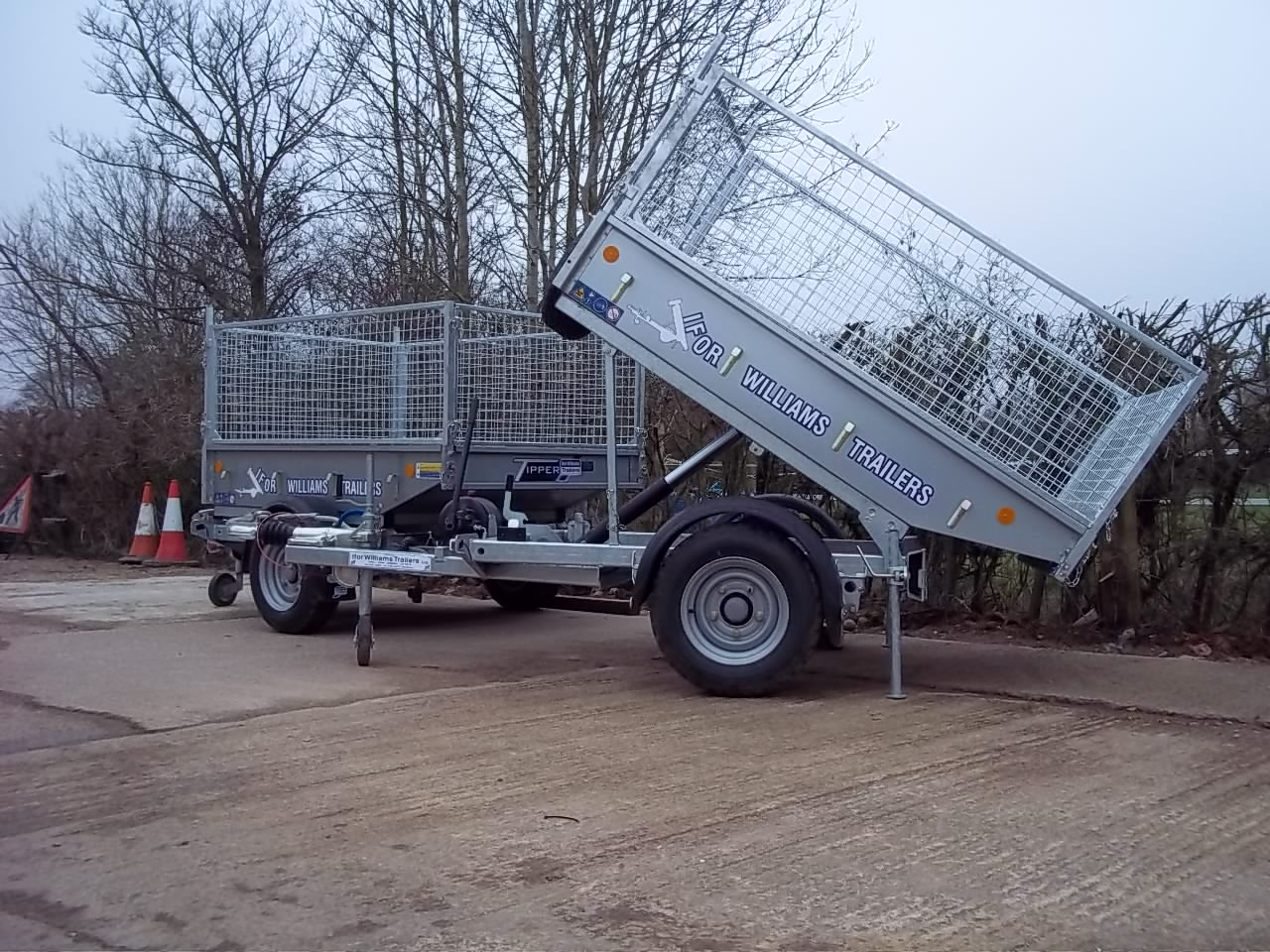 Ifor Williams TT2012 Single axle tipping Trailer